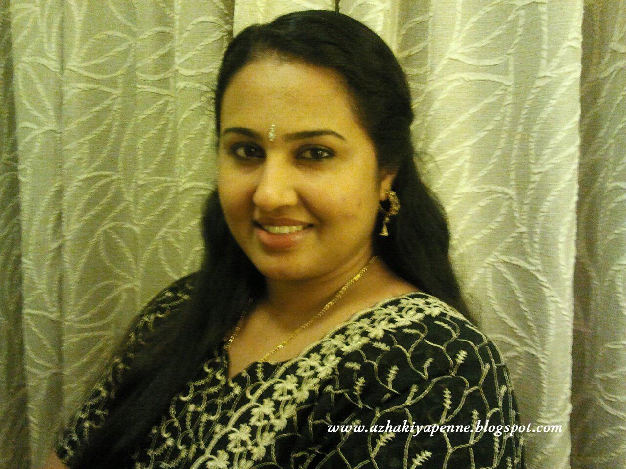 Download Girl Wallpaper Nokia 5233 Soo Cool Pics Hot Hollywood 2013 Marathi Actress