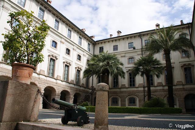 Facciata del Palazzo Borromeo sull'Isola Bella