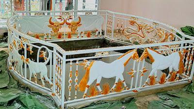 balkon antik untuk rumah mewah