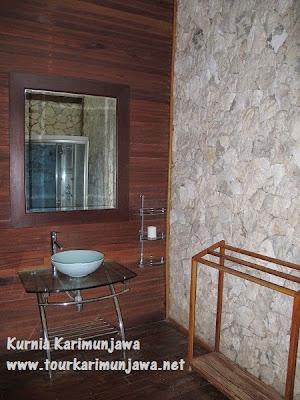 fasilitas kamar mandi hotel suite nirwana karimunjawa