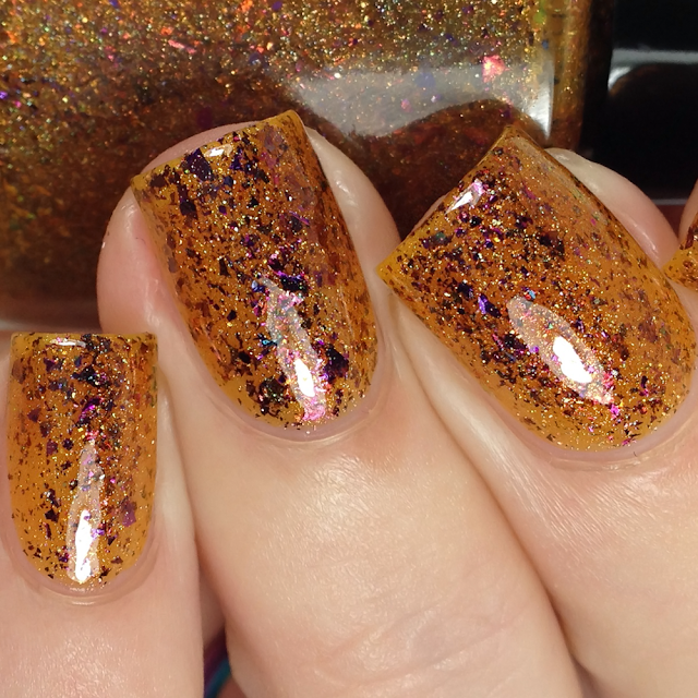 Glisten & Glow-Give em' Pumpkin To Talk About