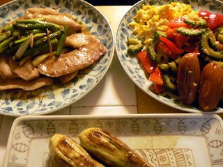 ウインナーチャンプルー(豆腐無し)豚トロ炒め ナス焼き