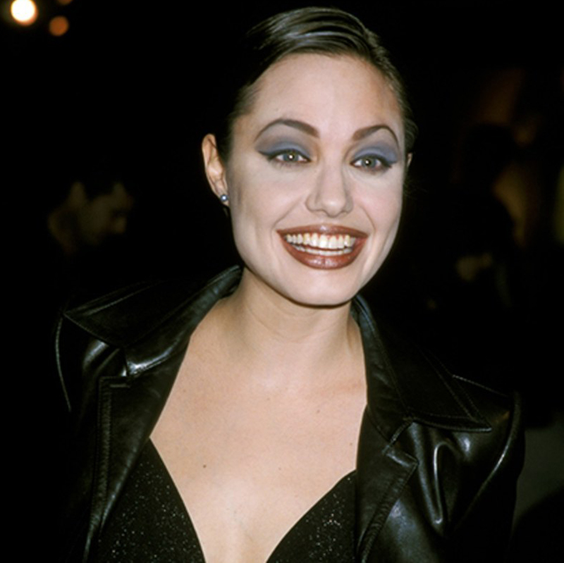 12 Best '90s Makeup Looks We Love