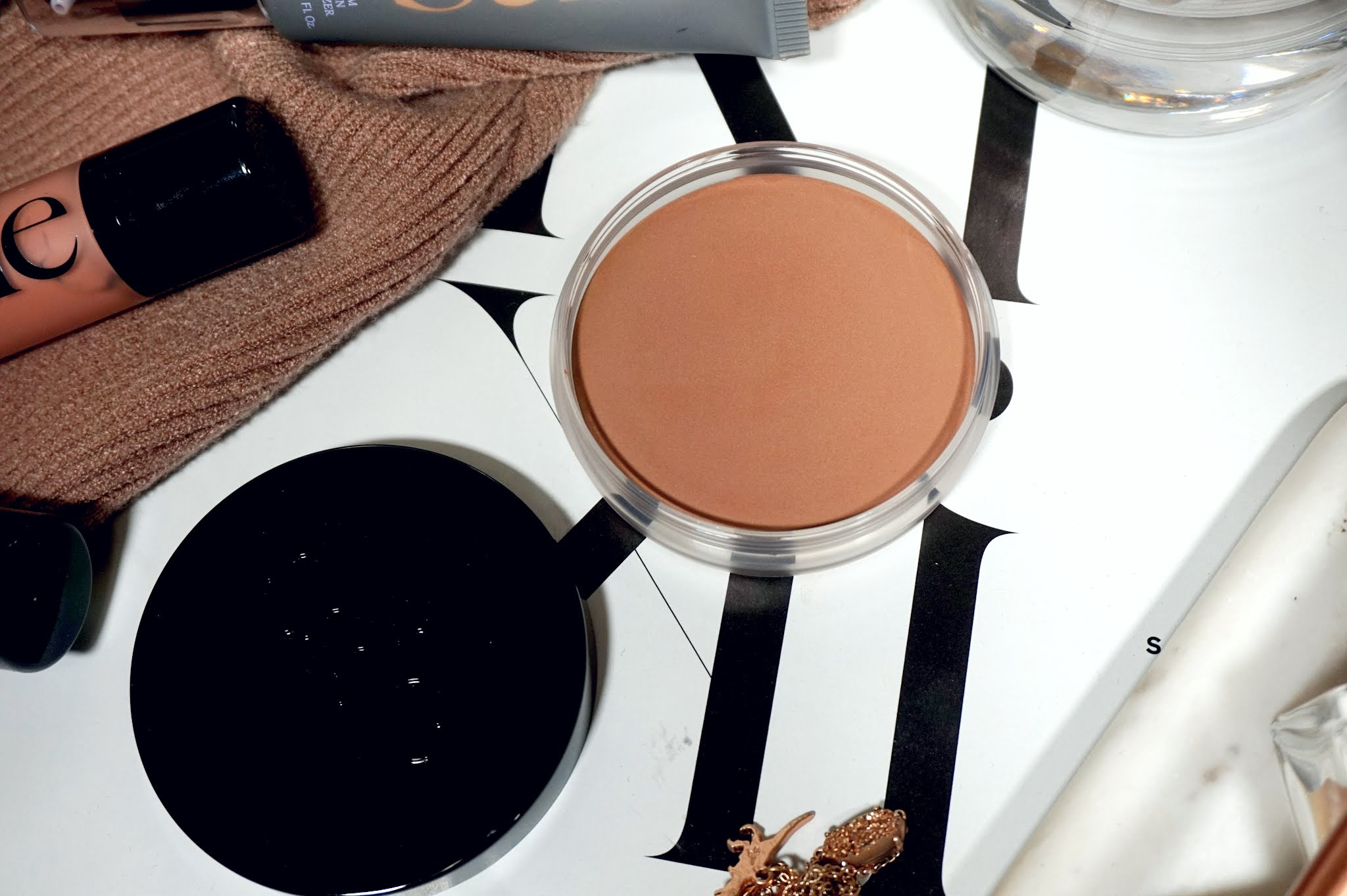 Saie Sun Melt Natural Cream Bronzer Review and Swatches
