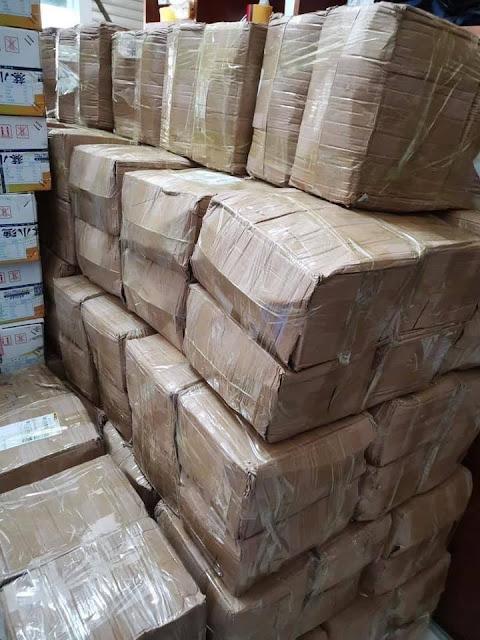 Cảnh báo: Bánh trung thu 2000 đồng/chiếc, in toàn chữ Tàu đang tràn vào Việt Nam rao bán khắp MXH