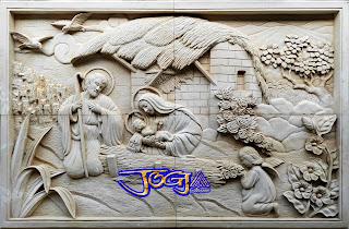 Relief batu alam putih paras jogja untuk hiasan tempel pada dinding ukiran timbul gambar motif Keluarga YESUS