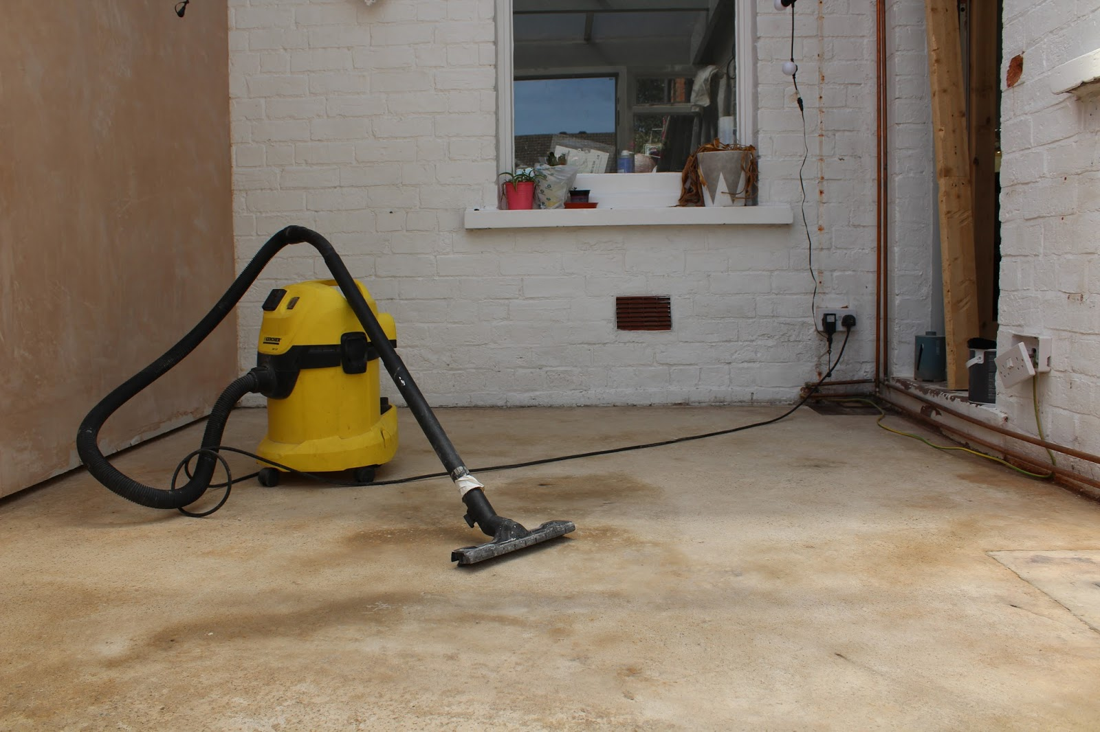 karcher vacuum in use