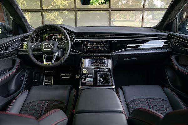 Audi entrega primeiras unidades do RS 6 Avant, RS 7 Sportback e RS Q8 no Brasil