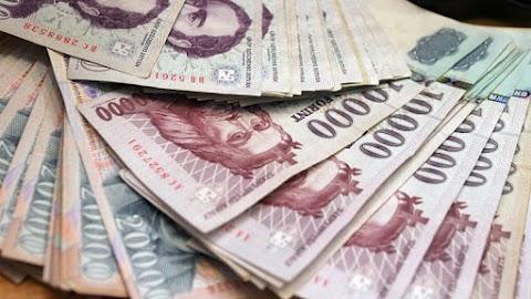 Devizapiac - Vegyes forintmozgás péntek reggel