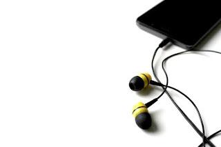 merk earphone terbaik