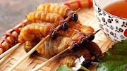 Halal atau tidak orang islam makan ulat sagu@Mulong