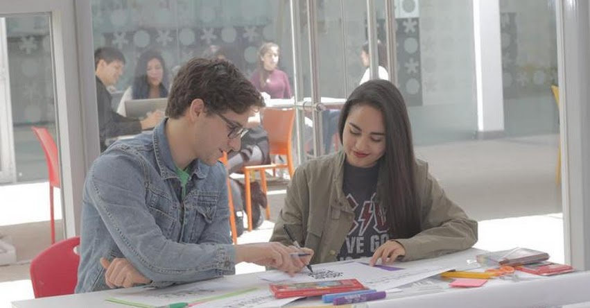UCAL: «La orientación vocacional es un proceso que empieza en la niñez» www.ucal.edu.pe