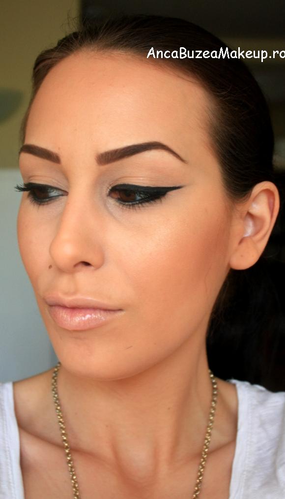 Anca Buzea Make-Up: Basic Eyeliner Look