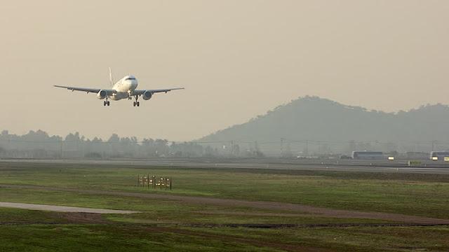 Como chegar em Santiago de avião