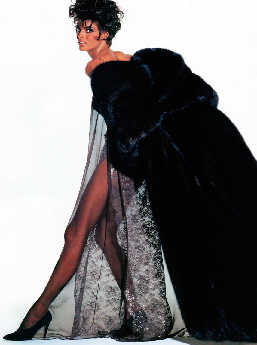 Linda Evangelista wearing Yves Saint Laurent in Vogue US 1990 (photography: Irving Penn) via www.fashionedbylove.co.uk