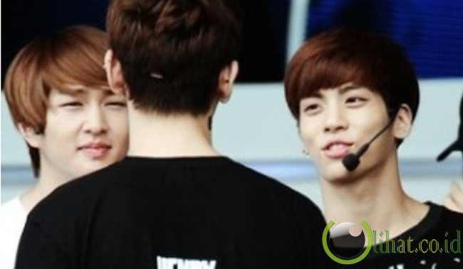 Onew & Jonghyun SHINee