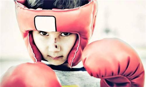 6 nguy cơ gây hại cho trẻ mà các ông bố, bà mẹ nên biết