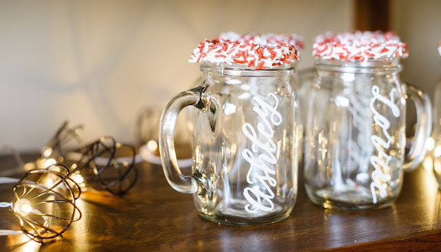 holiday entertaining inspiration: hot chocolate and sweets bar | creativebag.com