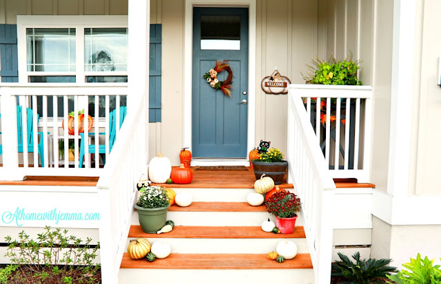 fall-decor-farmhouse-porch-pumpkins-athomewithjemma