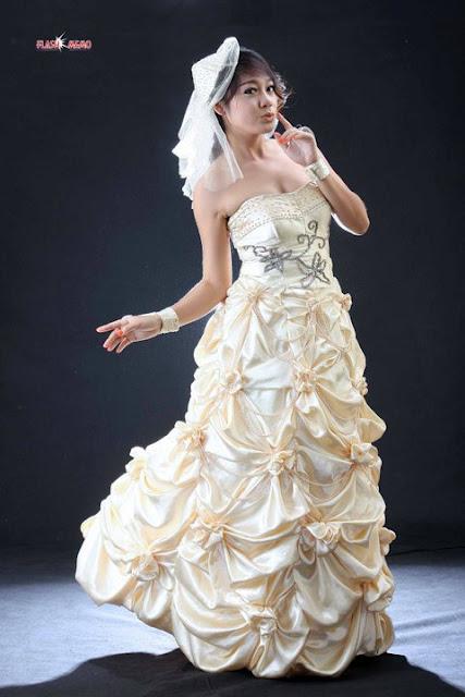 Photo Model: Model May Phyu Phyu: Gorgeous with Shinning Eyes