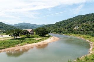 lingkungan alam sungai