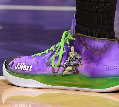 Which LA Laker wore a fortnite inspired sneaker during a basketball game? (image)