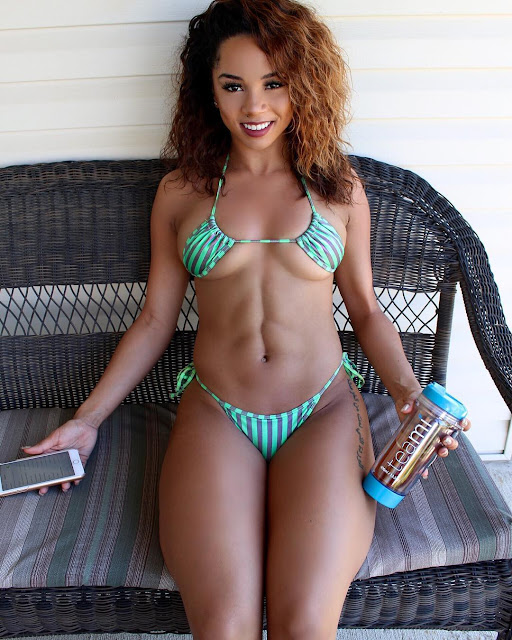 Sexy WAG: Brittany Renner