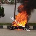 Niat Isi Minyak, Beat Ini Terbakar Dekat SPBU Gohor