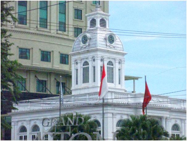Titik Nol Kilometer Kota Medan adalah Gedung Balai Kota Lama