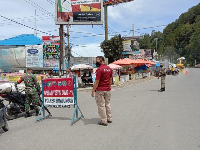 Diwilayah Parapat Personel Jajaran Kodim 0207/Simalungun Bersama DInas Terkait Laksanakan Operasi Yustisi