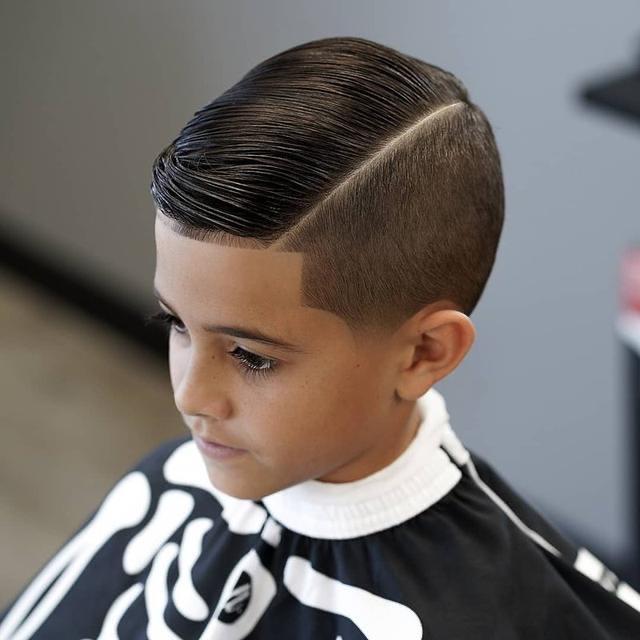 Lima Rekomendasi Gaya Rambut Untuk Anak Laki Laki Yuk Intip