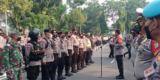 Jelang Pelantikan Pegawai KPK, Sekitaran Gedung Merah Putih Dipenuhi Aparat TNI-Polri Hingga Water Canon