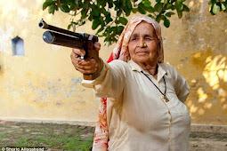 Tomar, Wanita Penembak Jitu Tertua di Dunia