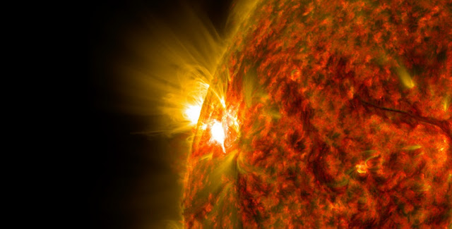 The most sunspots and, thus, the greatest magnetic activity are located close to the solar equator. Scientists have now demonstrated for this region a specific magnetic instability, that was considered impossible so far.  Foto: NASA / SDO