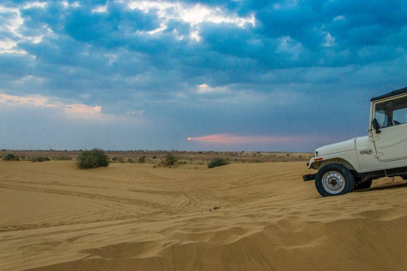 Jeep Safari and Sunrise
