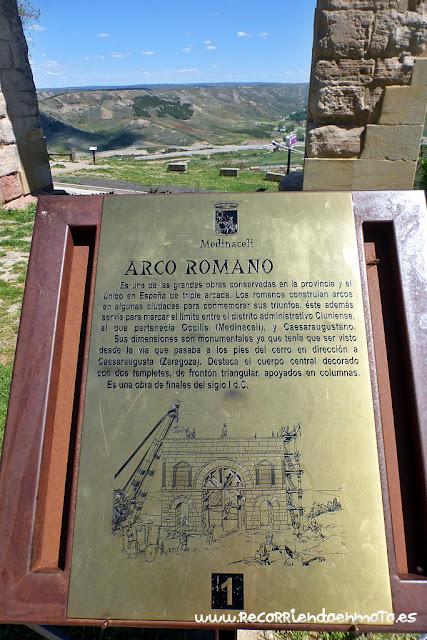 cartel info. Arco de Medinaceli