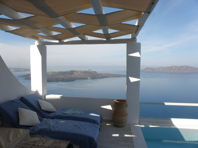 Agali Houses Santorin, Terrasse der Sunset Suite mit privatem Pool