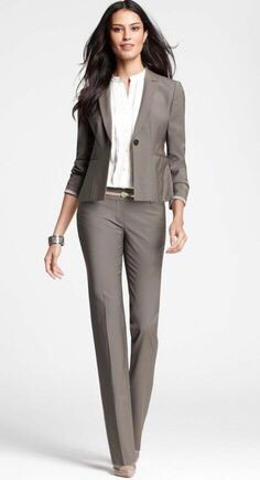 34f41dcdd06 Professional Work Outfits Fashion Trends for Working Women
