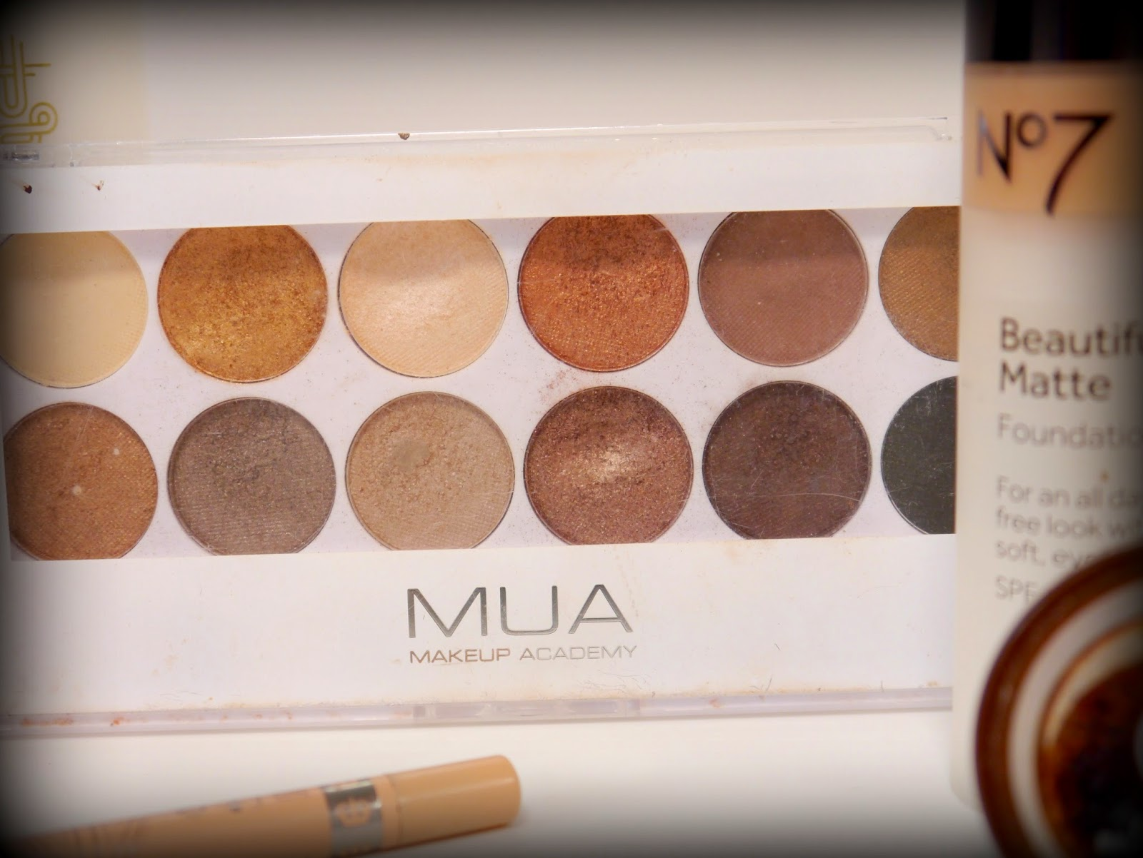 photo of MUA undress me too eyeshadow palette