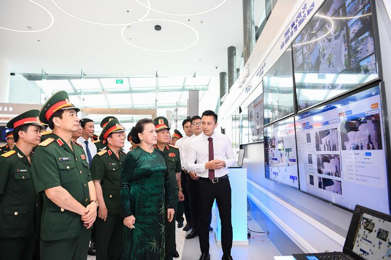 Viettel cần giữ vững vị trí số 1 Việt Nam về viễn thông