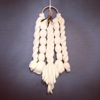超極太毛糸Bicky で作ったドリームキャッチャー風壁飾り(タペストリー/ウィービング)