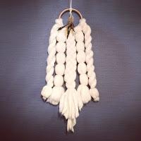 超極太毛糸Bicky で作ったドリームキャッチャー風壁飾り