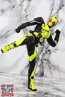 S.H. Figuarts Kamen Rider Zero-One Rising Hopper 24
