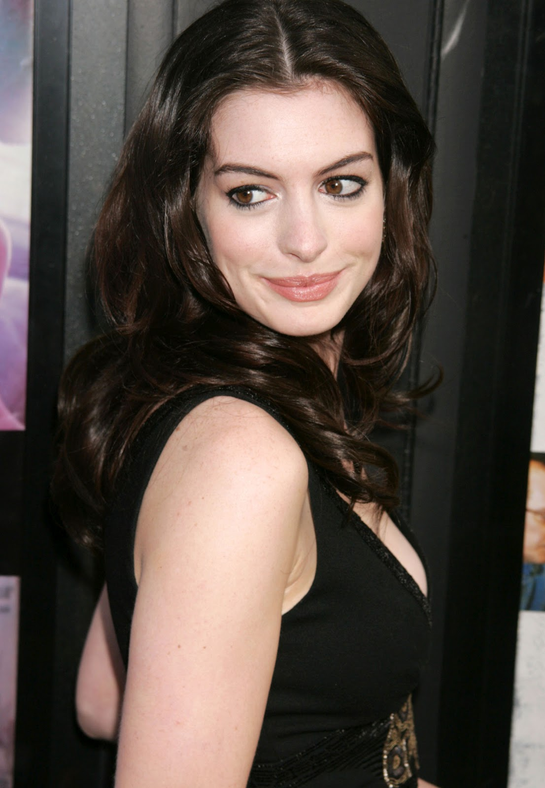 Anne Hathaway pictures gallery (23) | Film Actresses Anne Hathaway