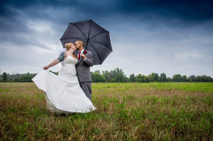 Wedding-Bride-and-Groom-Poses