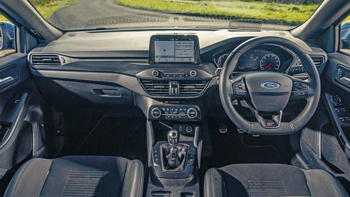 Hộp số tự động mới làm giảm khả năng tăng tốc của Ford Focus ST