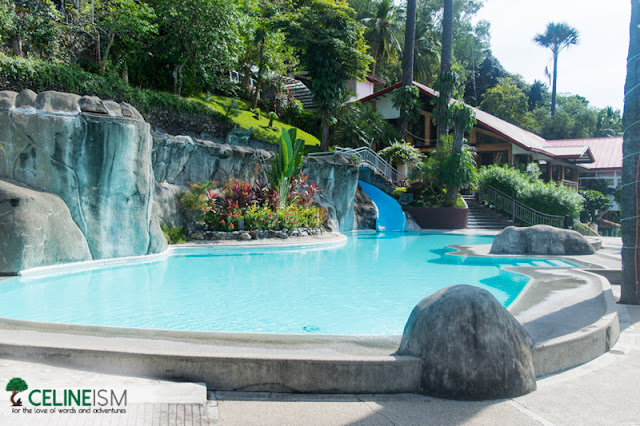 eagle point resort swimming pools
