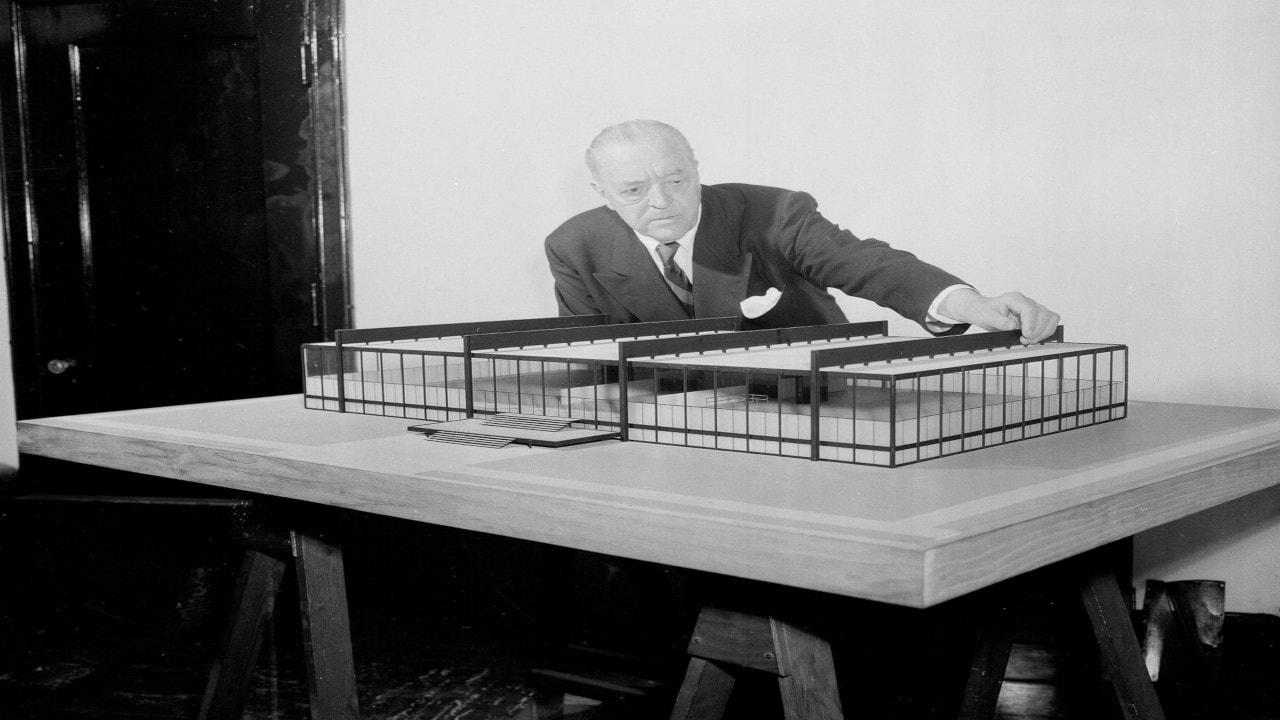 Biografía de Ludwig Mies van der Rohe