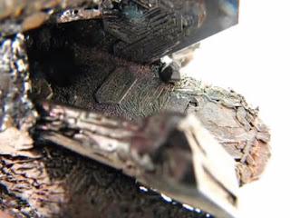 Una de las supuestas rocas cristalizadas recogidas por el Ocean X Team