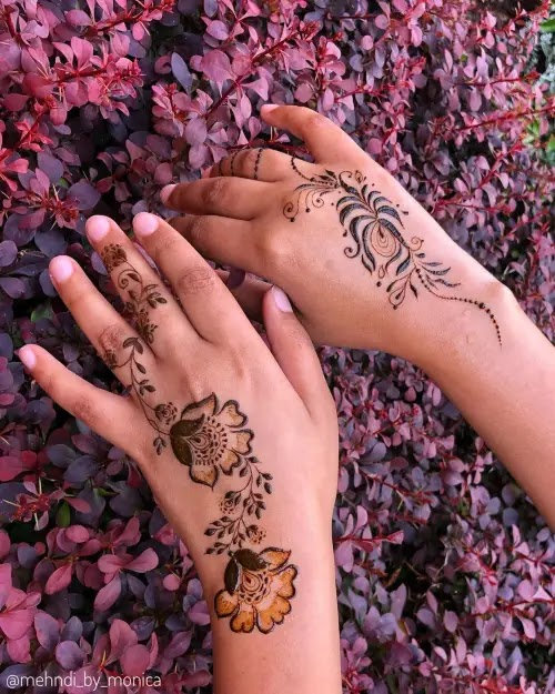 Easy-flowers-with-small-leaves-mehndi-design